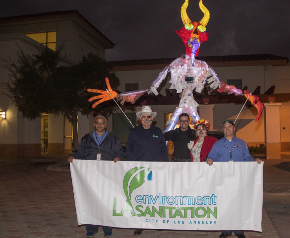 Demonio de La Basura  (trash demon made of recycled water bottles). Photo via LA Sanitation.