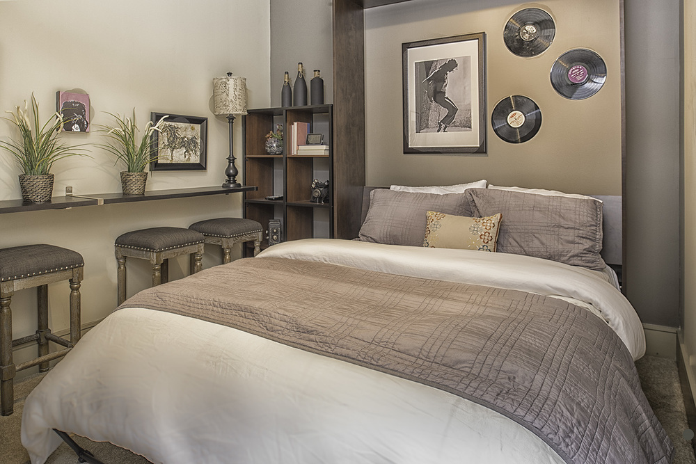 3604 Bedroom 2.jpg