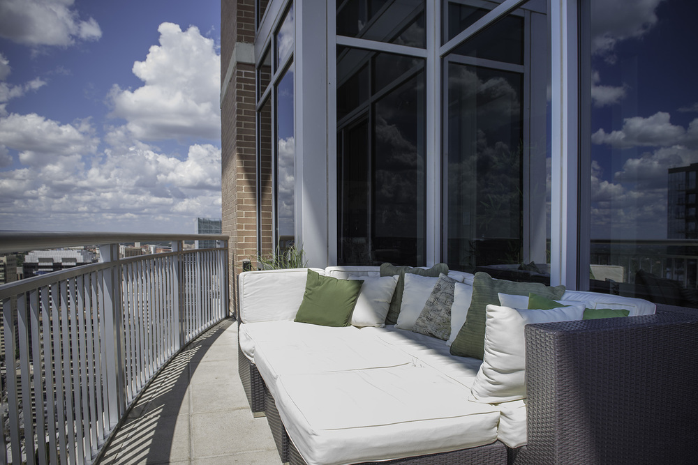 3604 Terrace 2.jpg