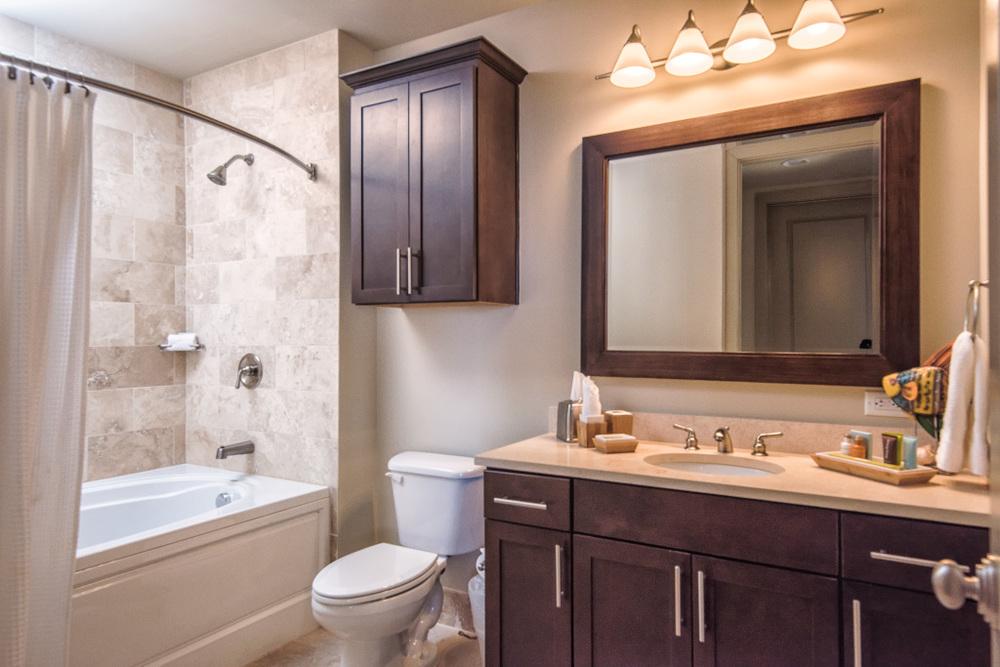 Ashton 2801 Bath 1.jpg