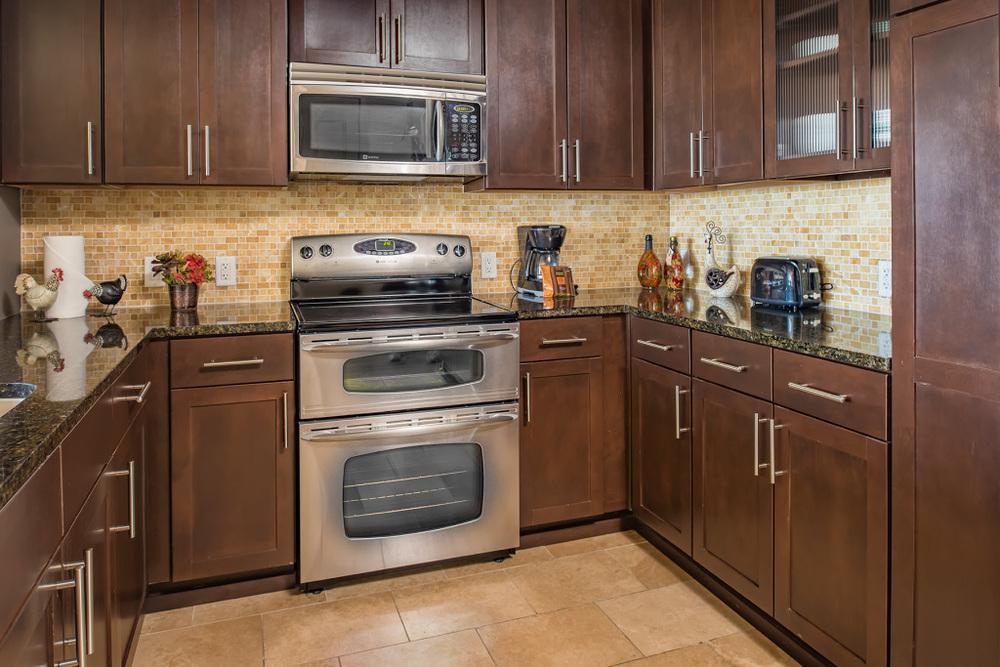 Ashton 2801 Kitchen.jpg