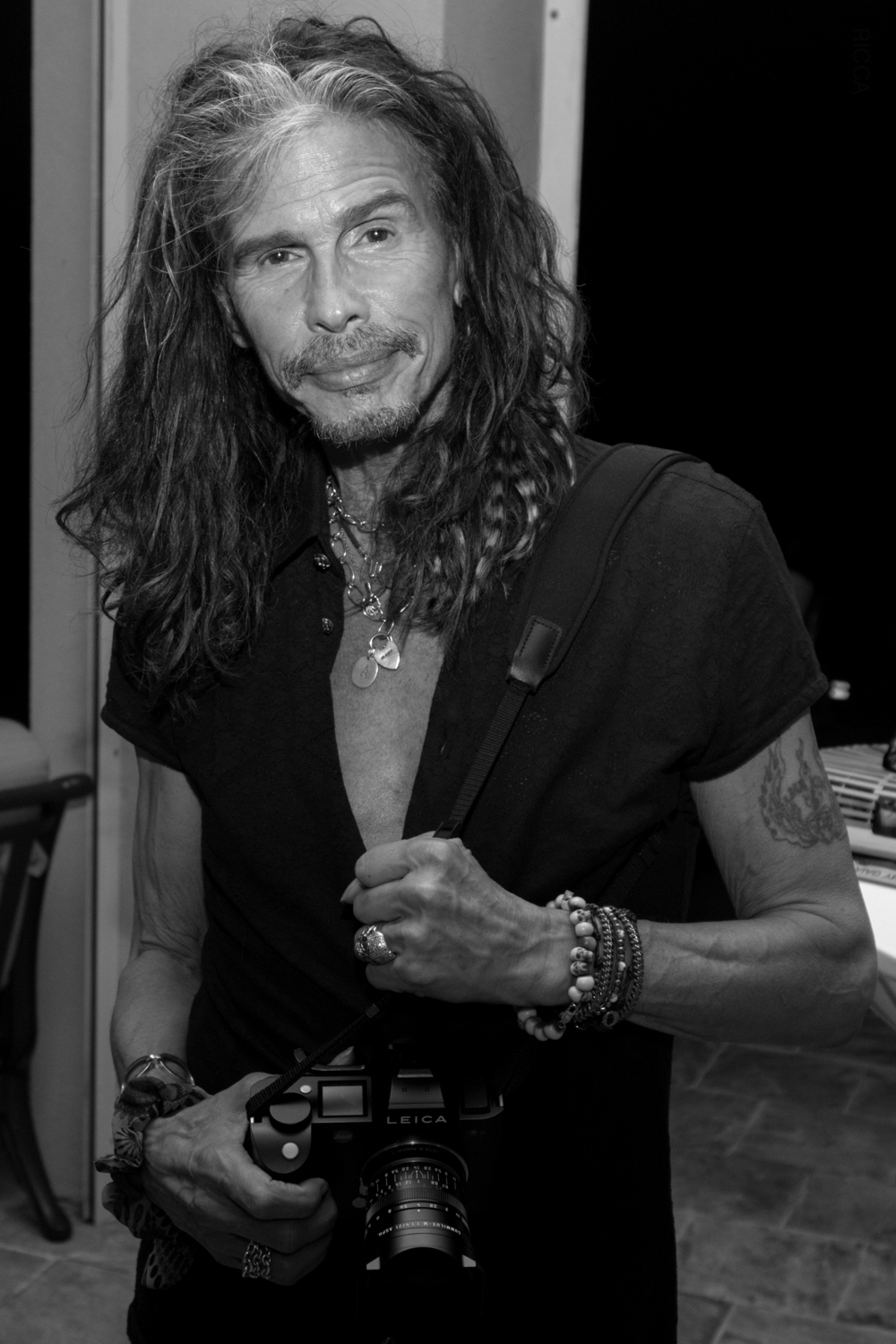 Steven Tyler and his Leica.