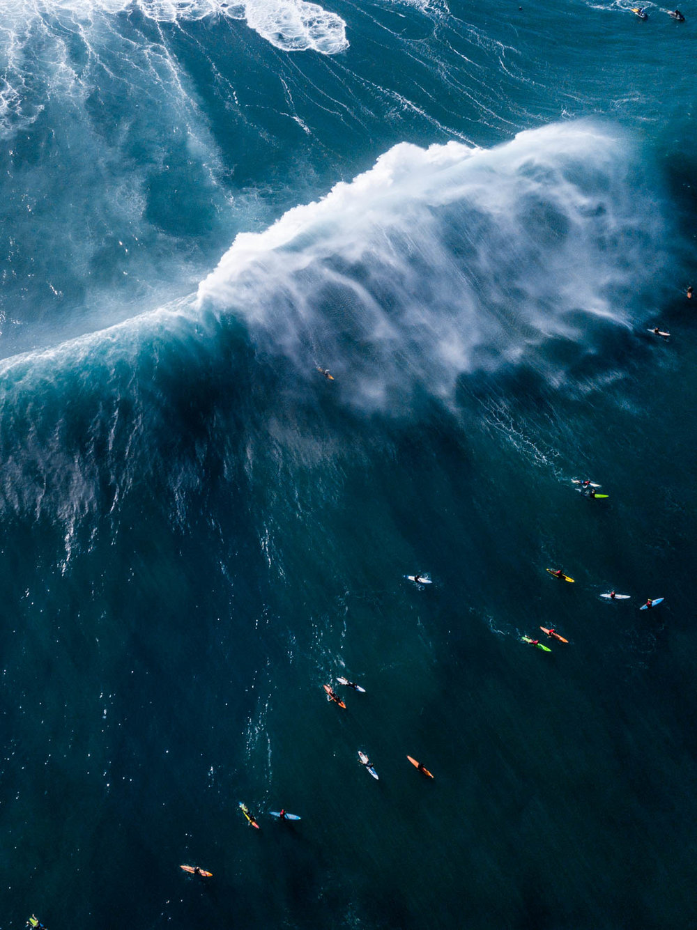 Pe'ahi from above! Rush hour.