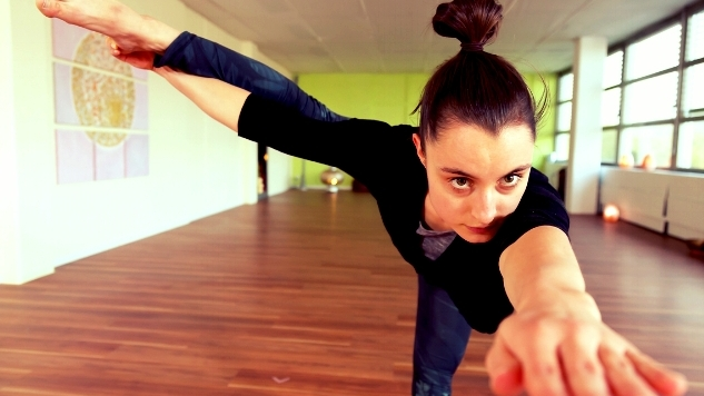 Advanced Vinyasa Dance Flow Yoga Retreat - with Julia at Yoga Beach House