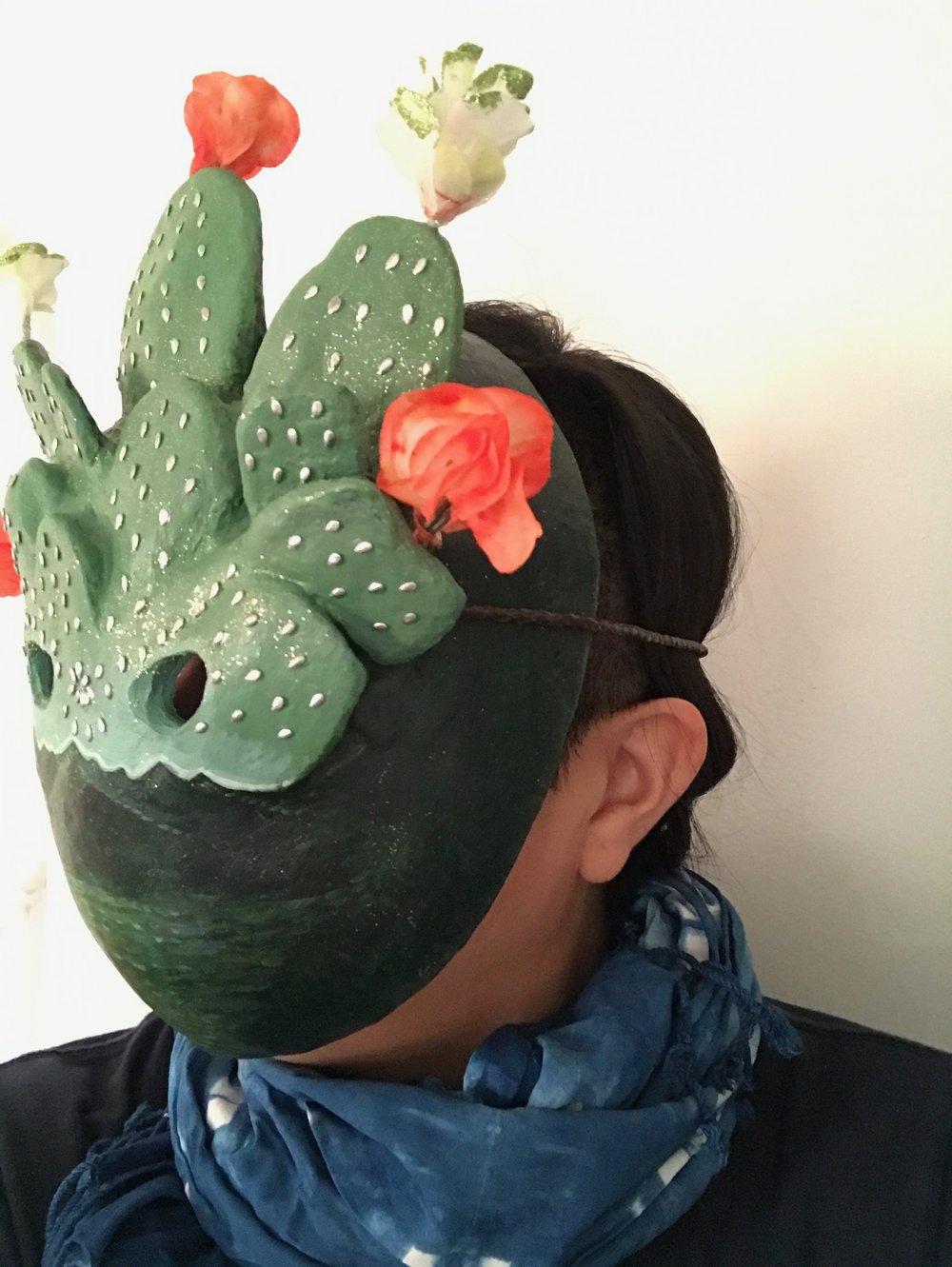 mask_36236637202_o.jpg
