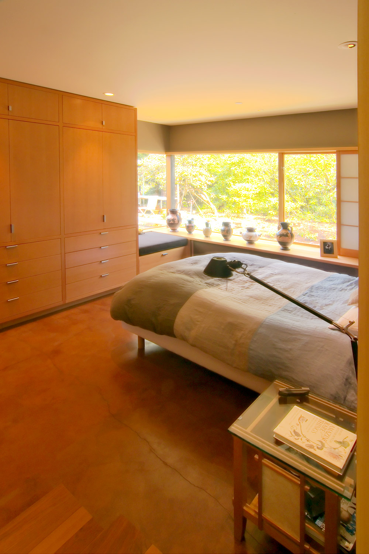 Hilltop_Bedroom2.jpg