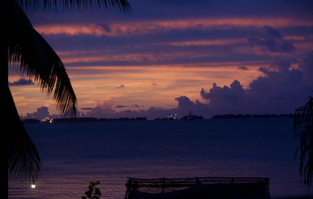 sunsetovermajurolagoon