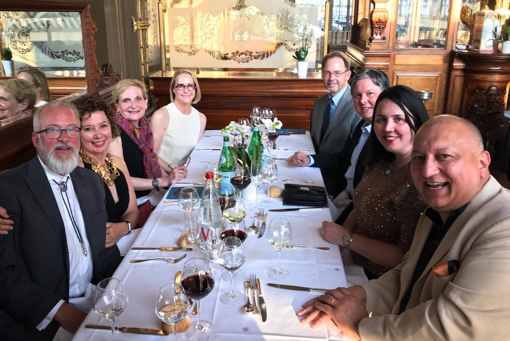 Here are some of the art sponges and partners at dinner.   photo courtesy of Lynn Sullivan via Facebook