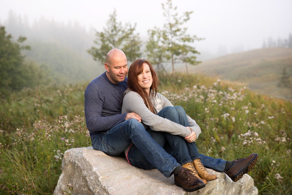 Couples Foggy Morning Adventure Anniversary Shoot