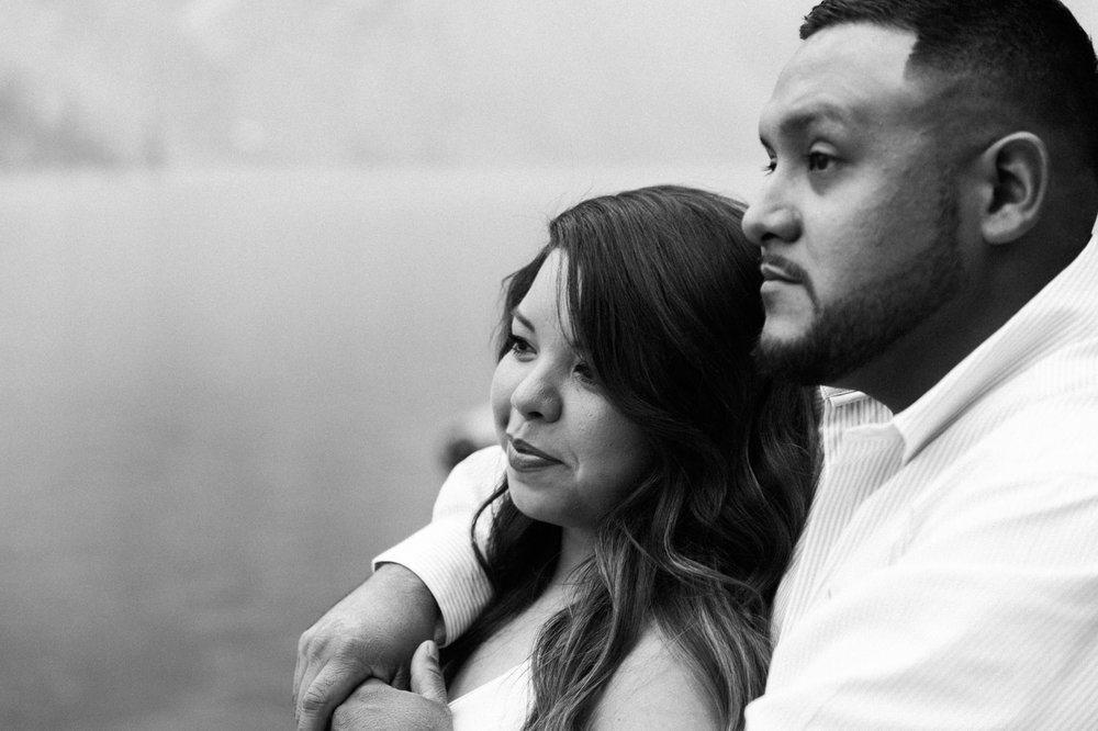 Lake Louise Mountain Engagement Photographer Moraine Lake Wedding Jennie Guenard Photography-4.jpg