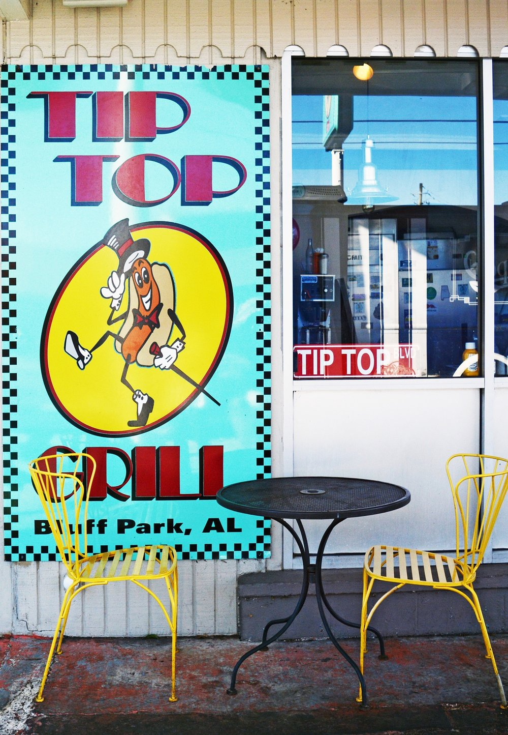 Before it was a burger joint,  Tip Top Grill  was a service station. Offering one of the best views of the bluff, the grill stays packed most weekends.