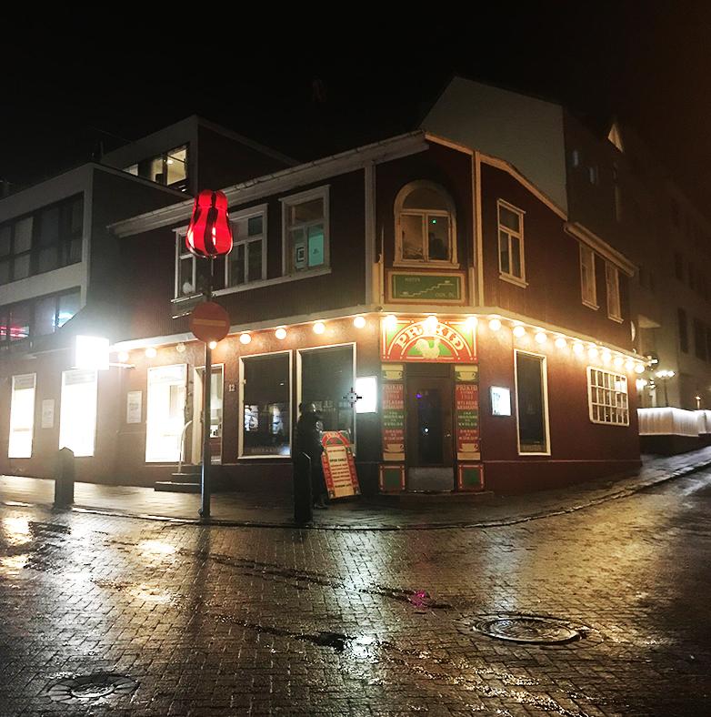 Prikith,   Iceland's oldest pub.