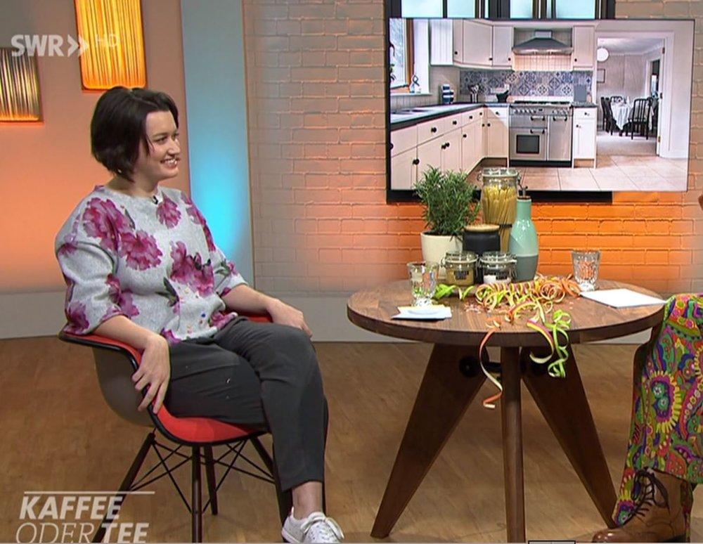 """Mein 2. Live-AUftritt im Fernsehen am 28.02.2019 - """"Kaffee oder Tee"""" - Sendung:So peppen Sie Ihre Küche aufWie Sie mit kleinen bis etwas aufwendigeren Maßnahmen Ihrer Küche zu neuem Glanz verhelfenViel Spaß beim Anschauen!"""
