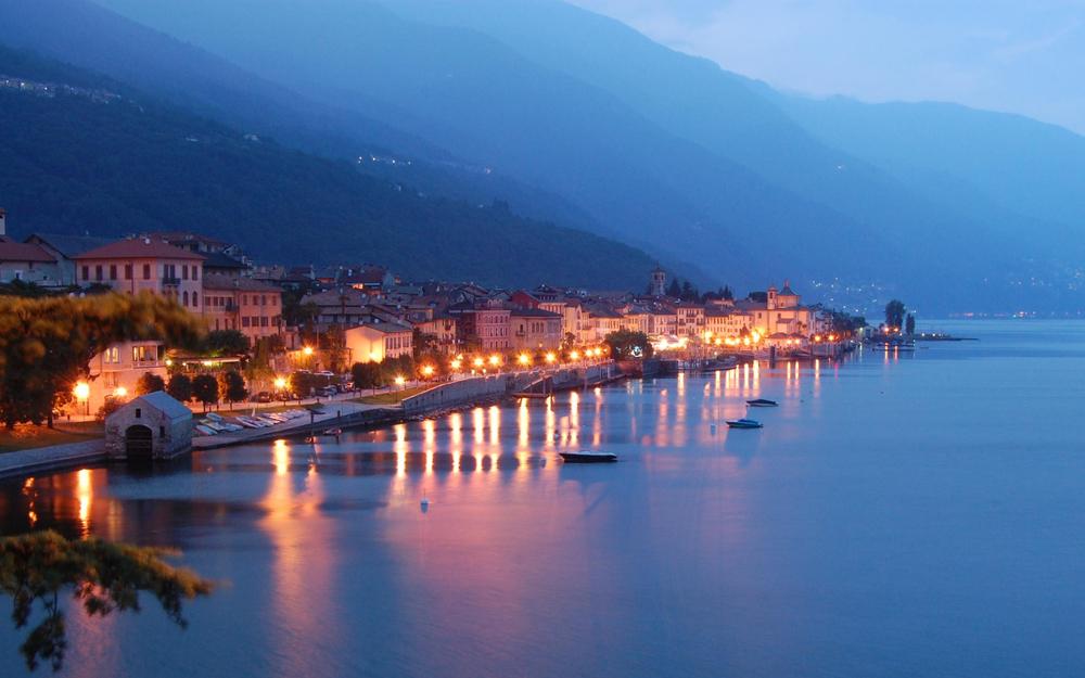 lago-maggiore-lichter-nachts.jpg