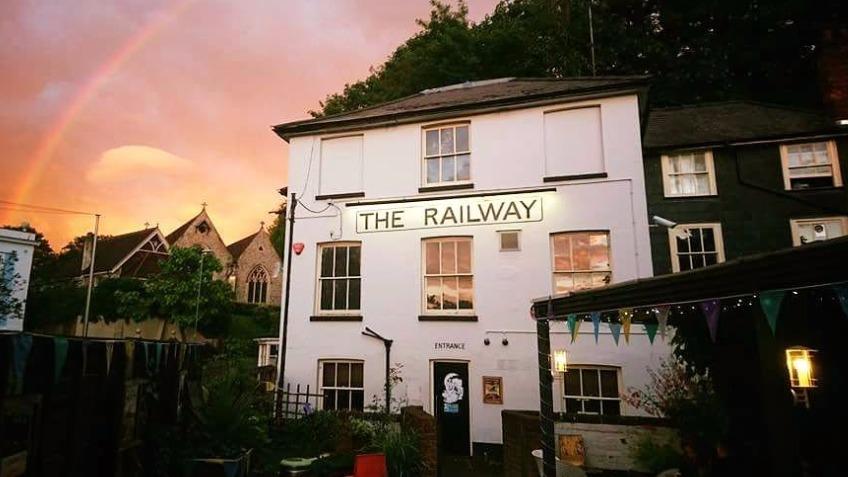 tne railway inn.jpg