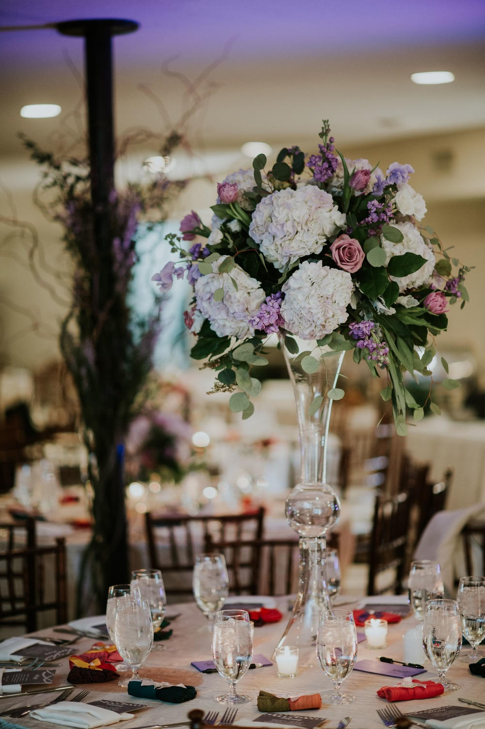 LOVED this tall hydrangea centerpiece!