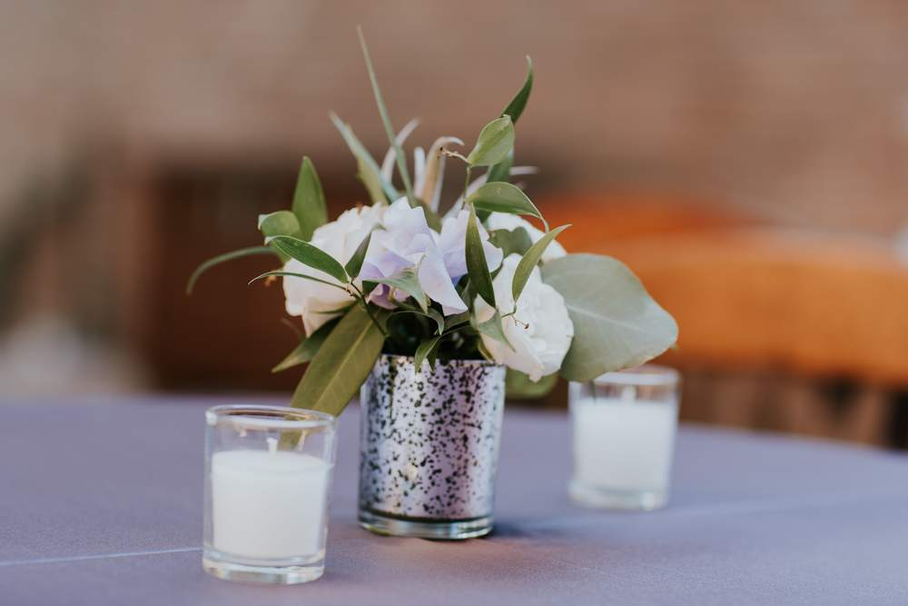 Love cocktail arrangements in mercury glass!