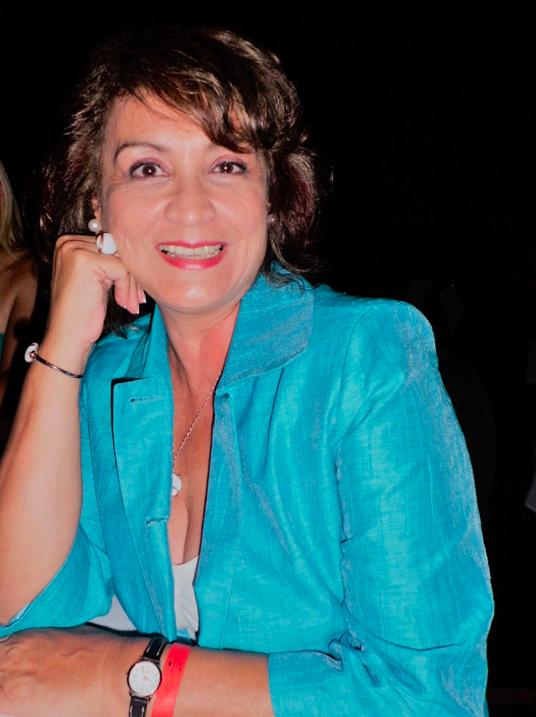 Lilia Corte Mellado - Modelo egresada de la escuela