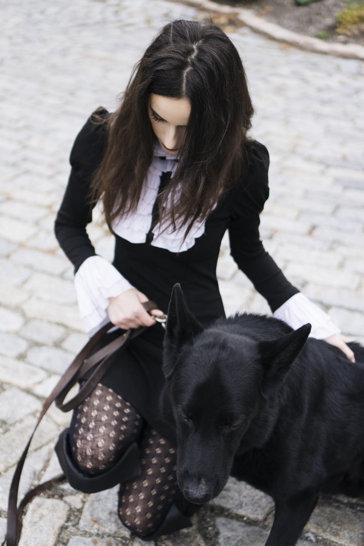 gothicschoolgirl.jpg