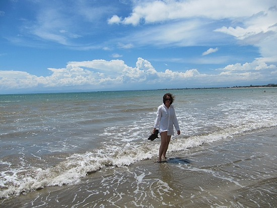 1.1301321203.mom-doing-her-bo-derek-impersonation.jpg