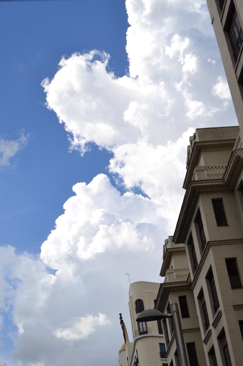 4.1397460699.gorgeous-buildings.jpg