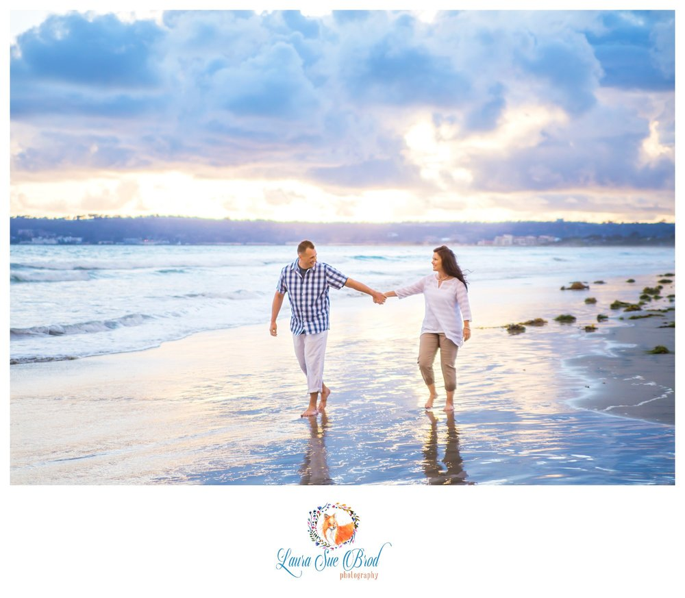 The Krauses. Couples session at the beach during golden hour in Coronado, California. Laura Sue Brod Photography - 2016  www.laurasuebrod.com
