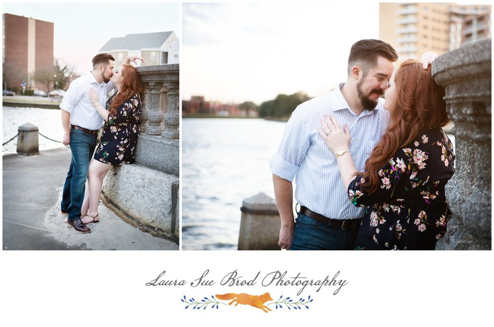 Engagement Session, Downtown Norfolk, Virginia. Copyright 2017 Laura Sue Brod Photography  www.laurasuebrod.com