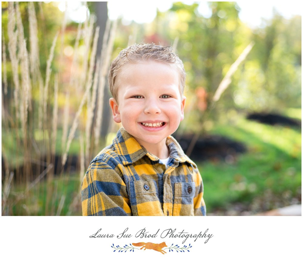 The Nowicki Family - Quantico, VA Fall Family Photography Session at the park    © 2017 Laura Sue Brod Photography  www.laurasuebrod.com