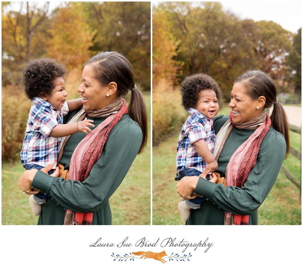 The Anthony Family - Fredericksburg, VA Fall Family Photography Session at Gari Melchers Estate    © 2017 Laura Sue Brod Photography  www.laurasuebrod.com