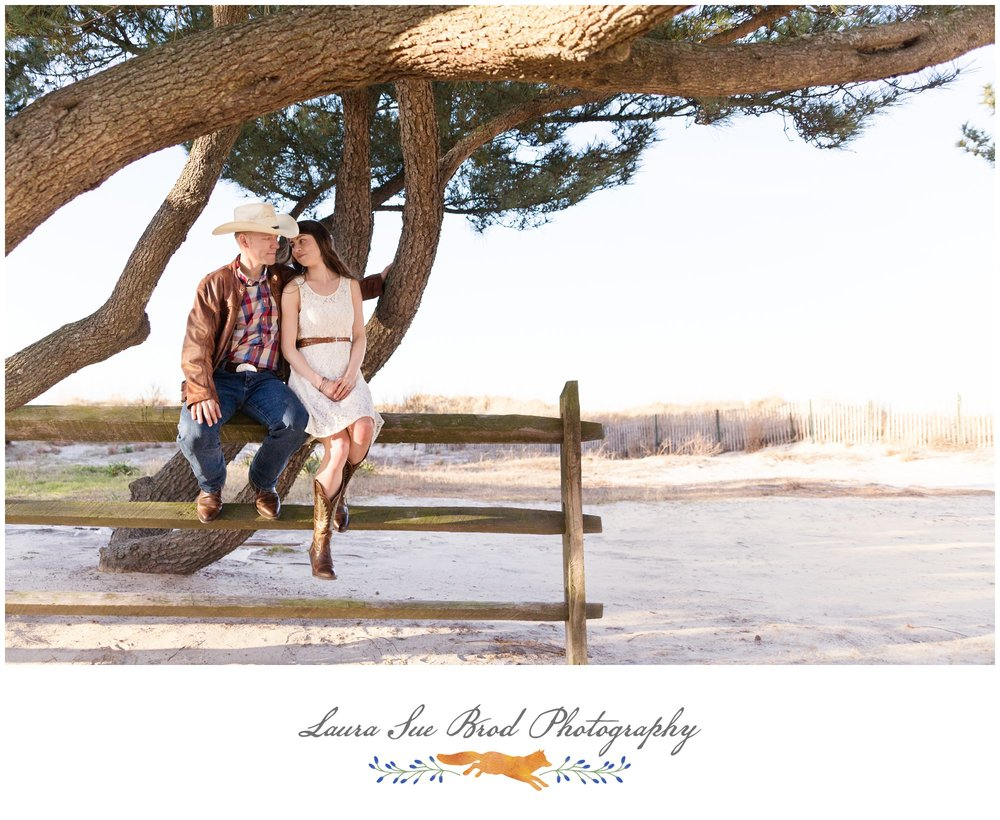 Equestrian engagement session in Virginia Beach. © 2018 Laura Sue Brod Photography www.laurasuebrod.com