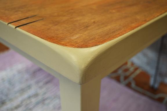 pub table2.jpg