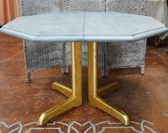 Gilded Pedestal Table3.jpg