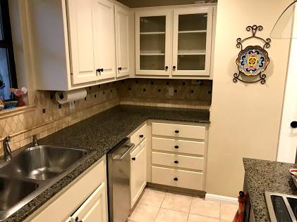 Oak Shores Cabinets
