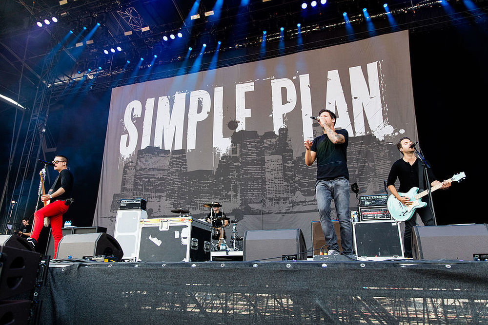 The NHL bargained hard to get Simple Plan to appear at the 2016 Winter Classic in Boston.  Source