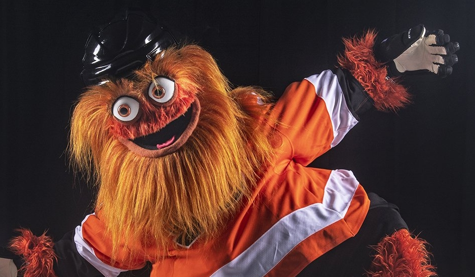 Gritty in happier times. Image source:  Twitter