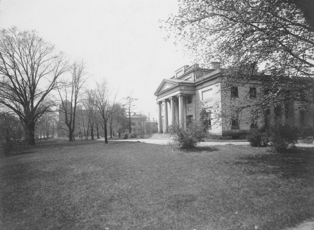 The Kelley Mansion: courtesy of Ohio History Connection, image OM1902_1984372_001