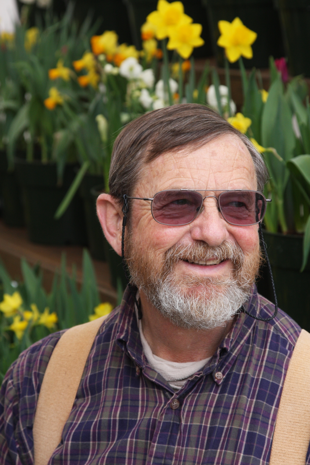 One of his greatest joys is sharing his love of all things natural and inspiring people to look at the world around them in different, eye-opening ways. Brent Heath of Brent and Becky's Bulbs in Virginia will be in Granville during Garden Day and the Daffodil Show for a workshop and talk.