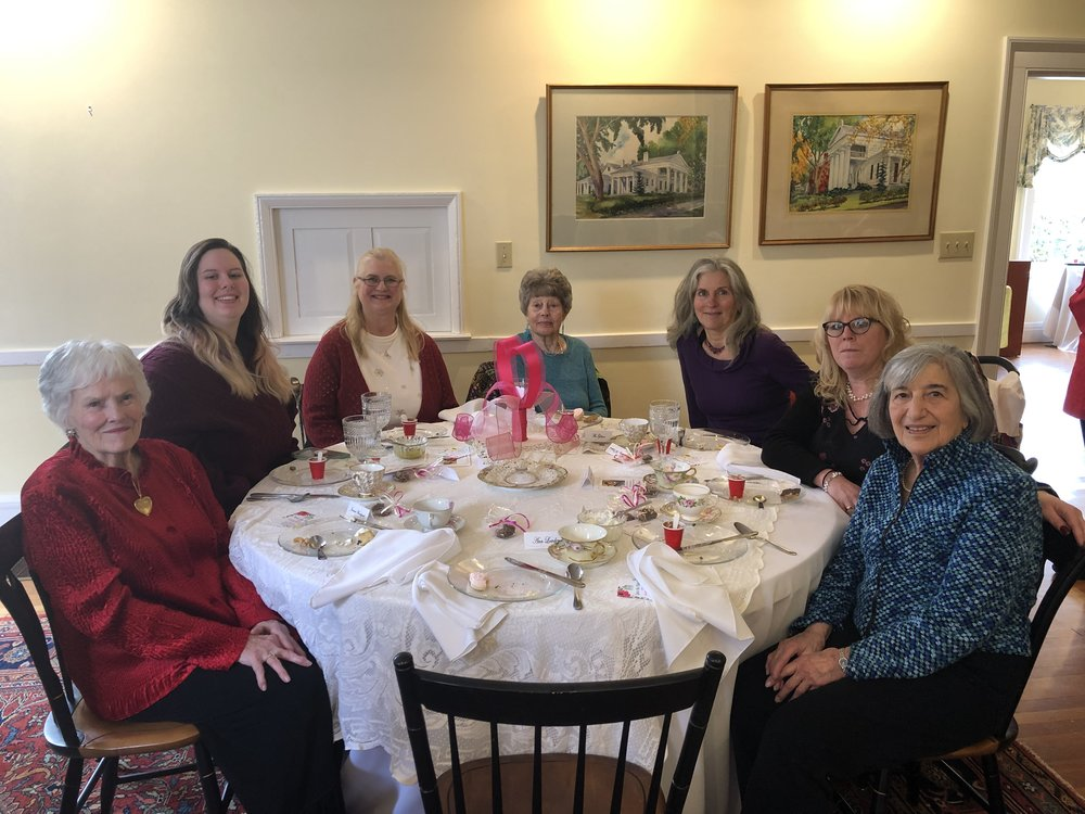 Flo enjoyed lunch with friends and family who shared in her moment.