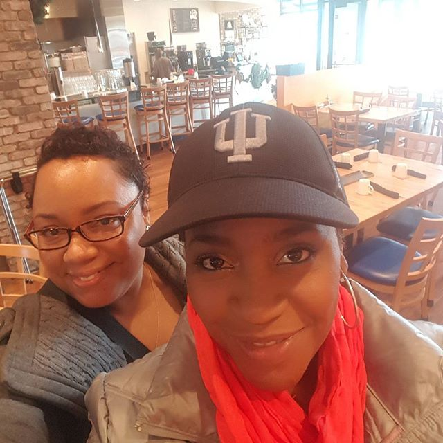 Hanging out with this sweetie @joyinwords @toyas_joys so encouraging, so full of life and best skin care specialist ever, if you're looking for a wonderful facial check her out !!frfr #beautiful #skincare #waxing #beautymakeup