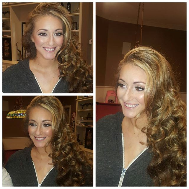 Christmas parties!!! She so ready and gorgeous for the night!! Mua @klgoodwine Hair is slayed @gigibluhm  thanks again :)