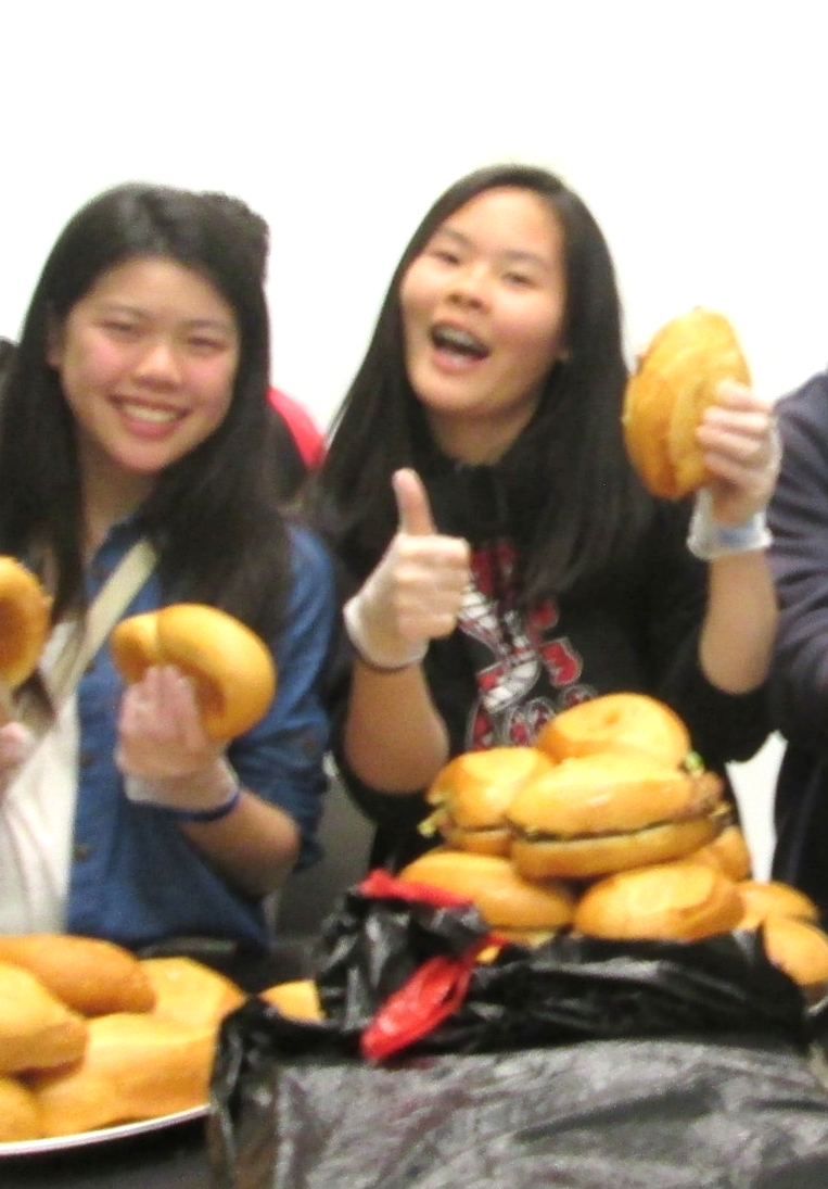 SFPL BAY student leaders give thumbs up to grilled chicken sandwiches