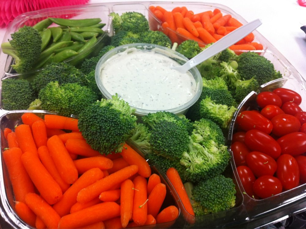 Healthy veggie snacks to fuel healthy hackers at the TeenTechSF Civic Hackathon