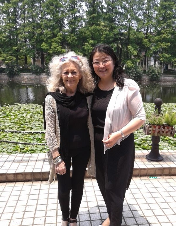 Anna with her friend and colleague Holly at East China Normal University (ECNU) in Shanghai, 2014.