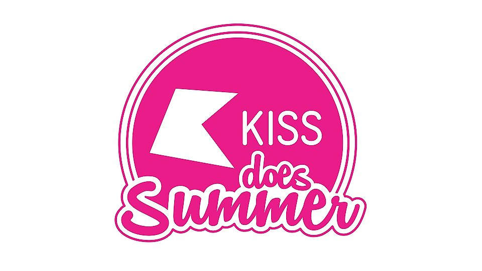 kiss does summer.jpg
