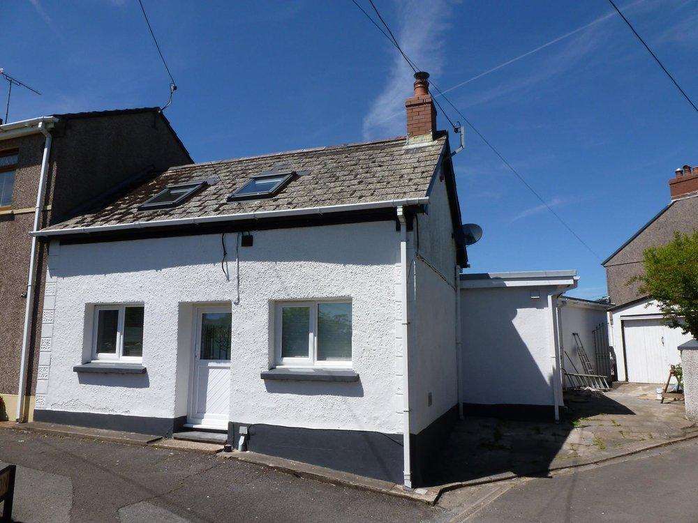 cottage 21.jpg