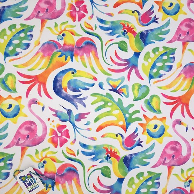 Just one more watercolor version of tropical birds! Tropical Bird Bash!  #surfacedesigner #surfacedesign #patterndesign #surfacepatterndesign #textiledesign #fabricdesign #textiledesigner #fabricdesigner  #printandpatterndesign #patternillustration #spoonflower #society6 #tropical birds