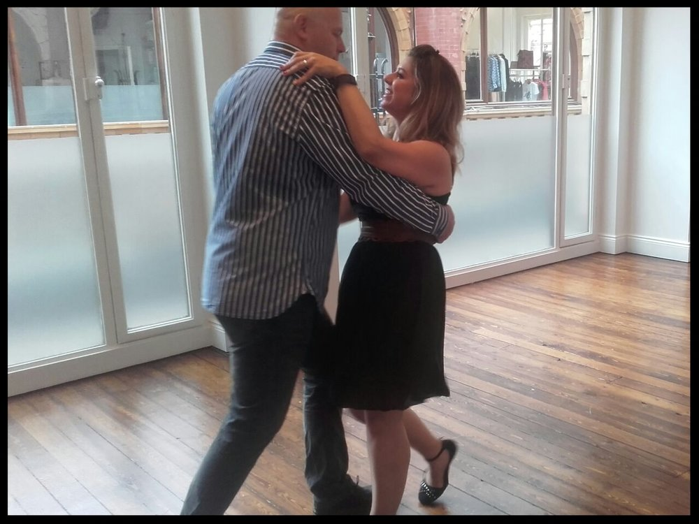 Our Star's enjoying a romantic dance taster session...