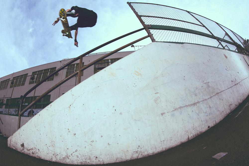 Kevin Shealy - Frontside Heel Flip