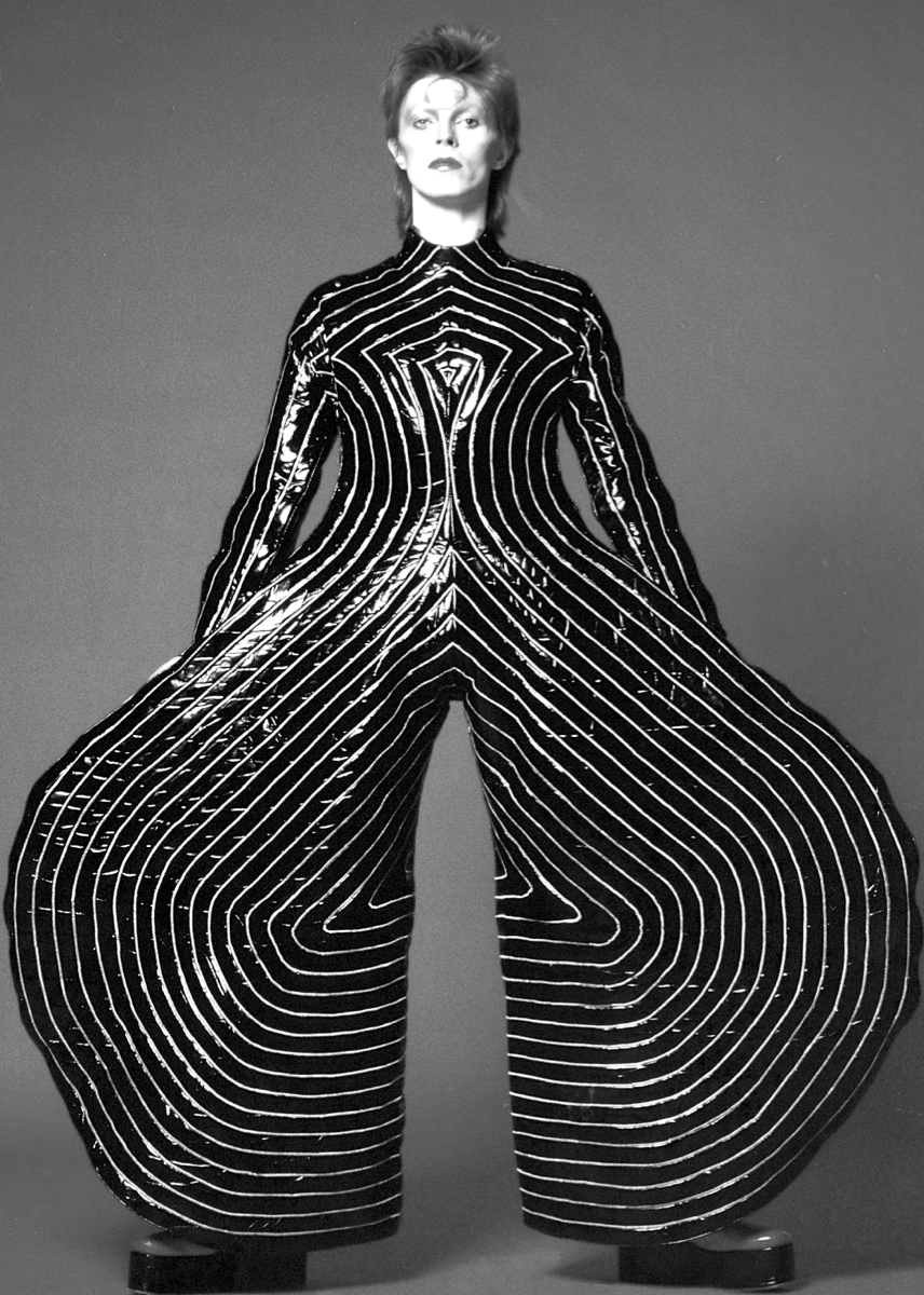 INSPIRATION+Bauhaus+ballet+costumes+from+1921…+David+Bowies+Ziggy+Stardust+jumpsuit+1973.png