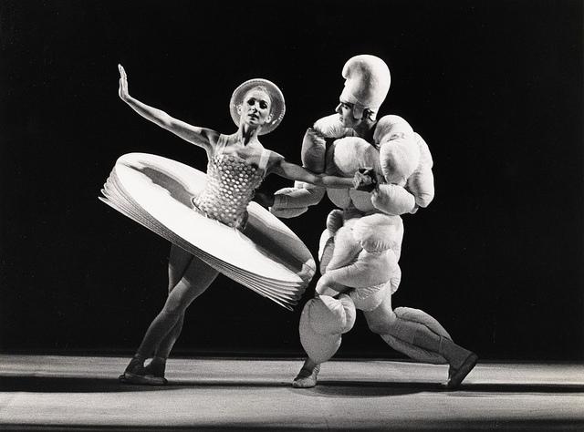 bauhaus dance oskar schlemmer